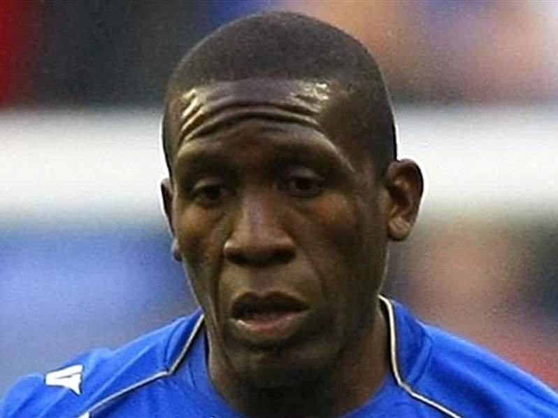 Cầu thủ Henry Thomas