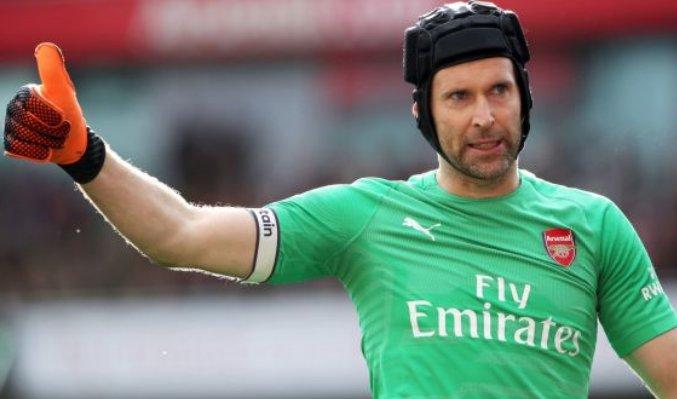 Thủ môn Petr Cech